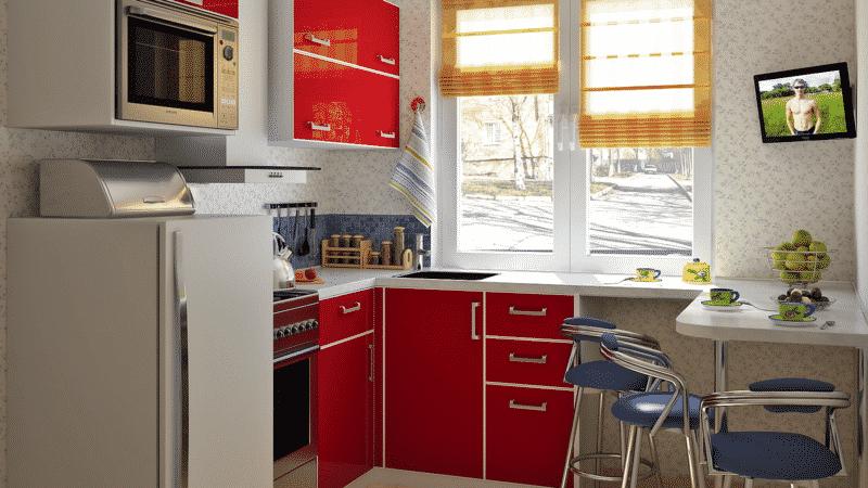 О том, как перенести мойку на кухне к окну