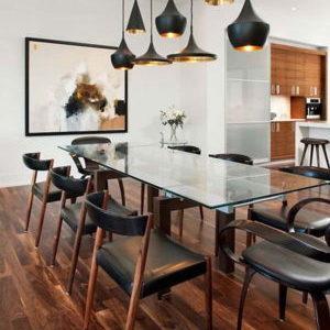 Все о кухонных столах из стекла