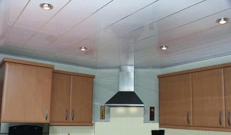 Все о потолках для кухни