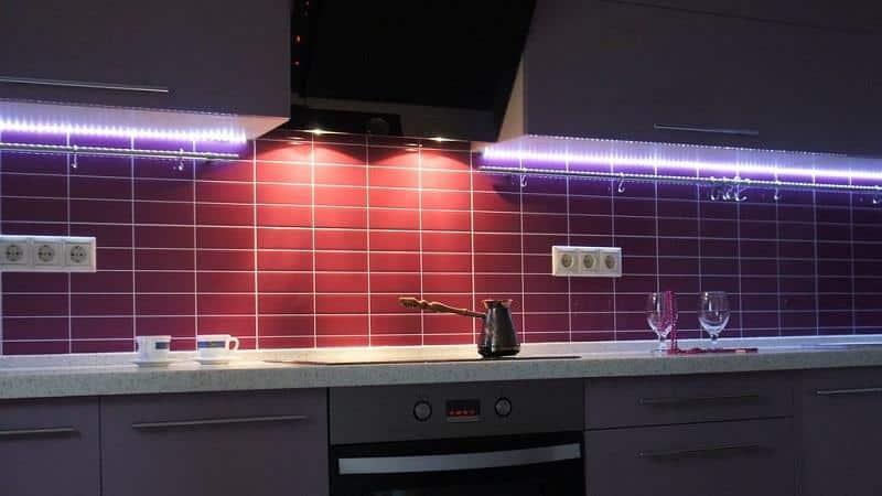 Все о светодиодной подсветке для кухни