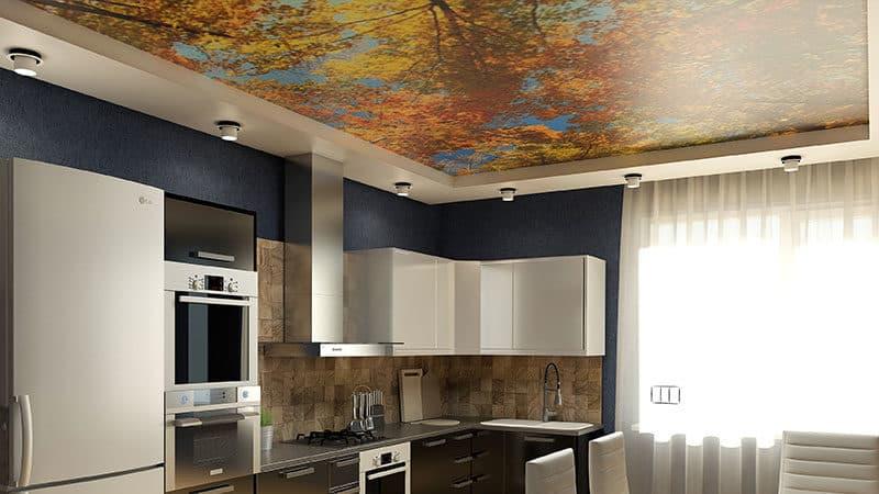 Можно ли делать натяжной потолок на кухне