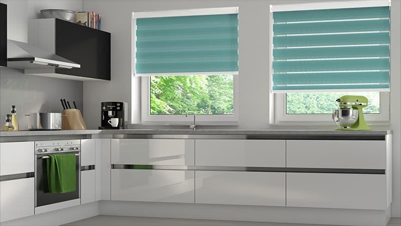 Жалюзи на кухне вместо штор: рекомендации по выбору ткани и рисунка