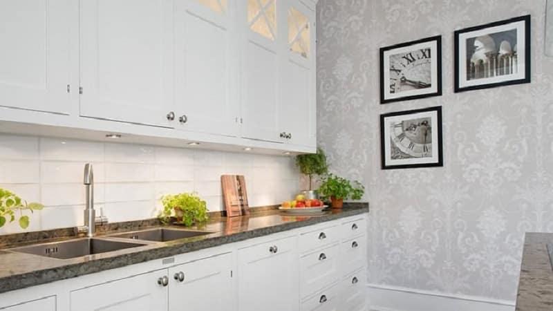 Всё о белой угловой кухне-гостинной
