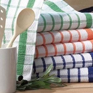 Стирка кухонных полотенец с подсолнечным маслом