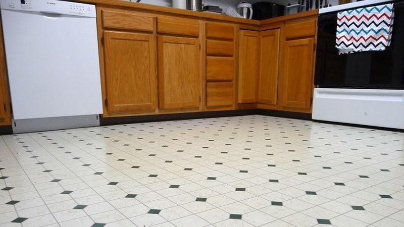 Все о линолеуме под плитку для кухни
