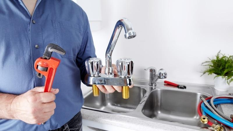 Все о ремонте смесителей на кухне