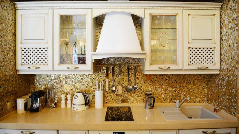 Все о кухонной плитке мозаике на фартук