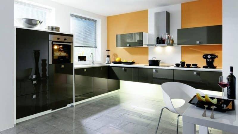 Дизайн красивой кухни в стиле хай-тек