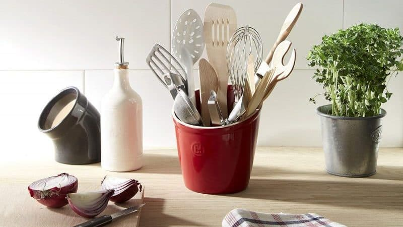 Кухонные принадлежности и аксессуары