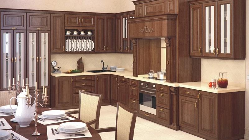 Кухонный гарнитур из массива дерева