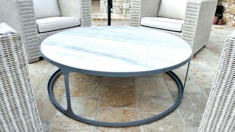 Столы с мраморной столешницей для кухни: обеденный и самоварный