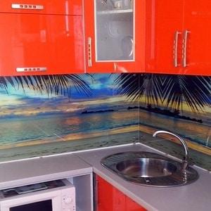 Все о кухонных фартуках с фотопечатью