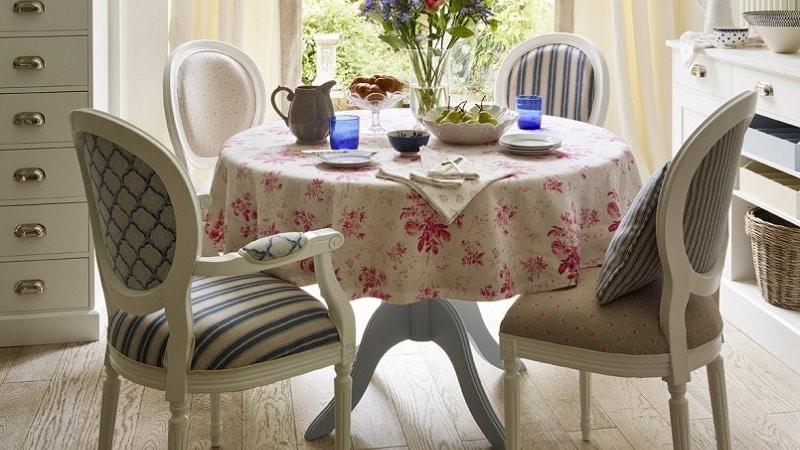 Выбор скатерти на стол для кухни
