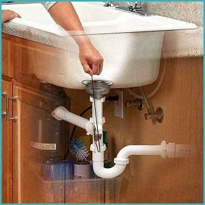 Как прочистить засор в кухонной раковине в домашних условиях