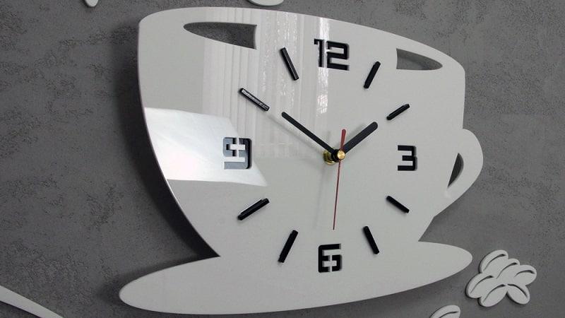 Оригинальные настенные часы на кухню