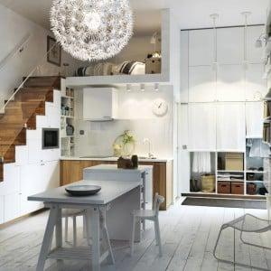 Можно ли делать кухню под лестницей на второй этаж в частном доме