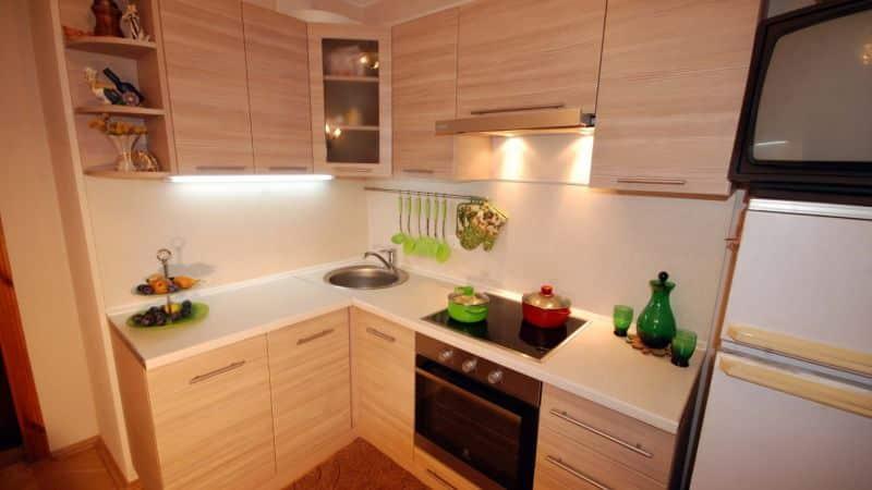 Варианты дизайна интерьеров кухонь в панельном доме