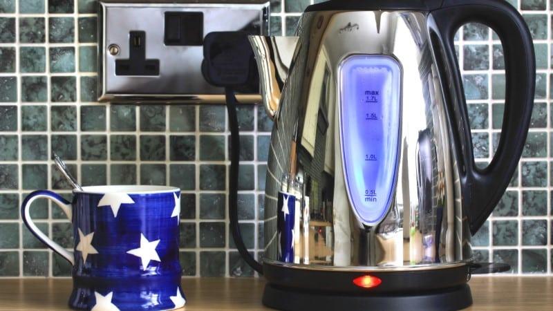 Как выбирать электрические чайники
