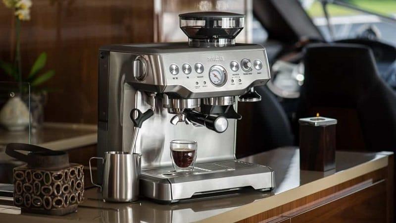 Какую кофемашину лучше выбрать - капсульную или зерновую