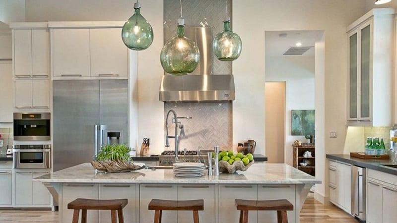 Люстры на кухню в современном стиле