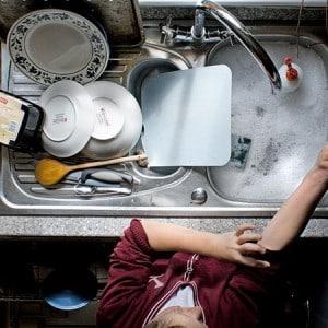 Как сделать моющее средство для посуды самостоятельно