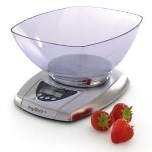 Какие кухонные весы выбирать для домашнего использования
