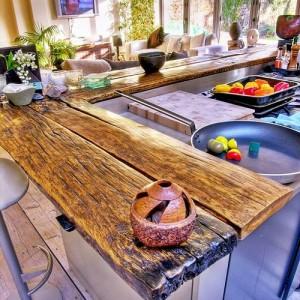 Барная стойка из дерева для кухни: как сделать своими руками
