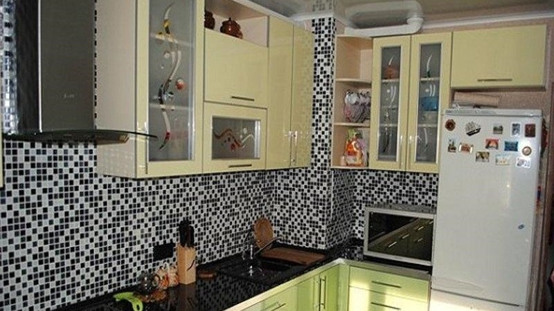 Дизайн вентиляционного короба на кухне