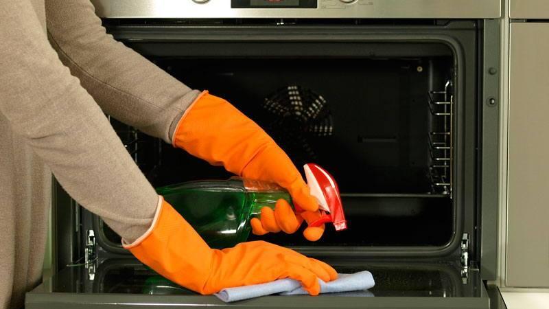 Эффективные средства для мытья духовки и плиты
