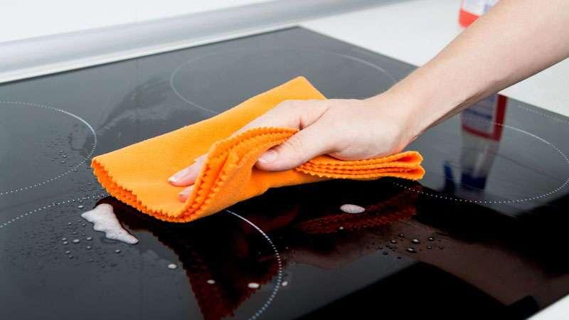 Средства для мытья и чистки стеклянной варочной панели
