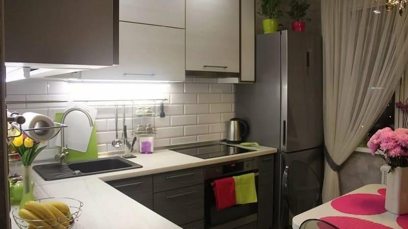 Все о маленьких угловых кухнях
