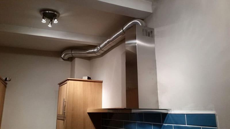 Как подключается вытяжка на кухне к вентиляции
