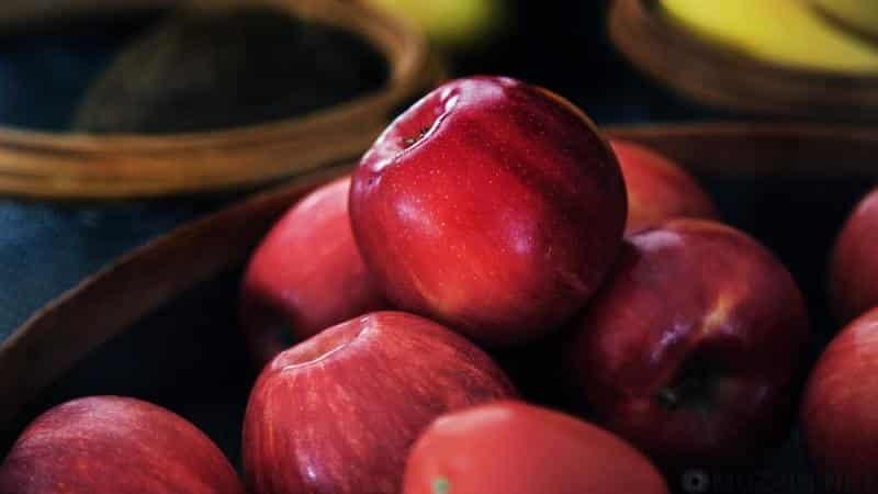 Как хранить зимой яблоки свежими в домашних условиях