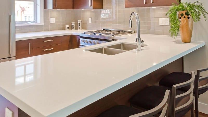 Кухонные столешницы из натурального камня
