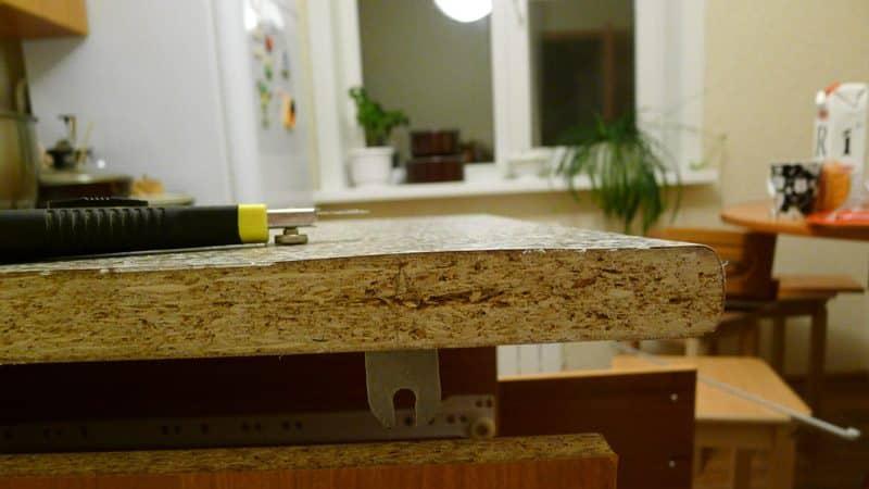 Ремонт столешниц из ламинированного ДСП: сколы и заделка дырок