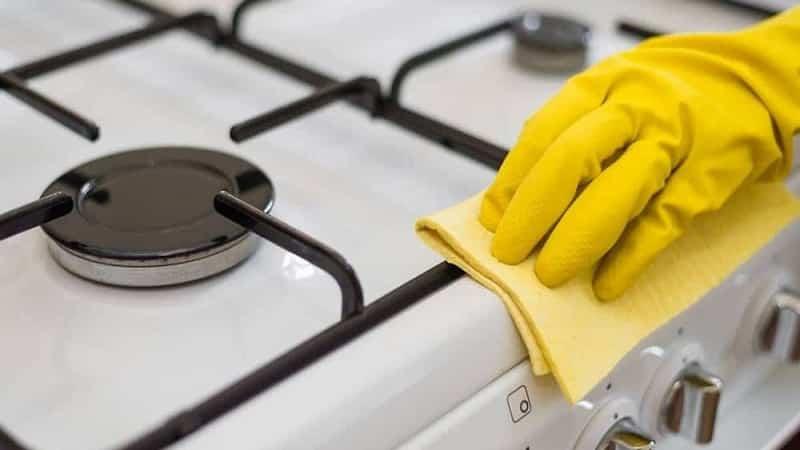 Средства для чистки варочной панели в домашних условиях
