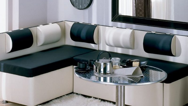 Об угловом диване на кухню