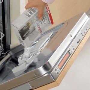 Для чего применяется соль в посудомоечных машинах