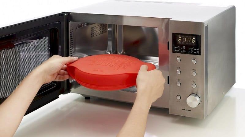 Использование силиконовых форм для выпечки в микроволновой печи