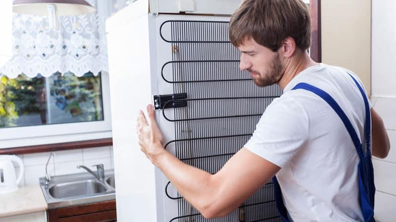 Какие тонкости надо учитывать при установке холодильника