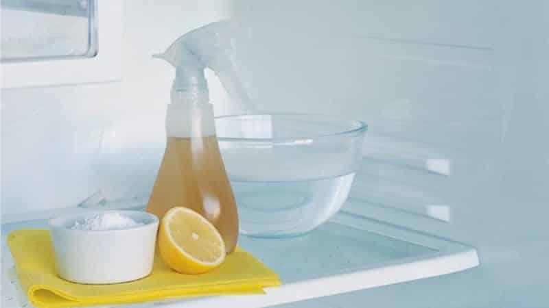 Чем пользоваться для того, чтобы помыть холодильники внутри от желтизны