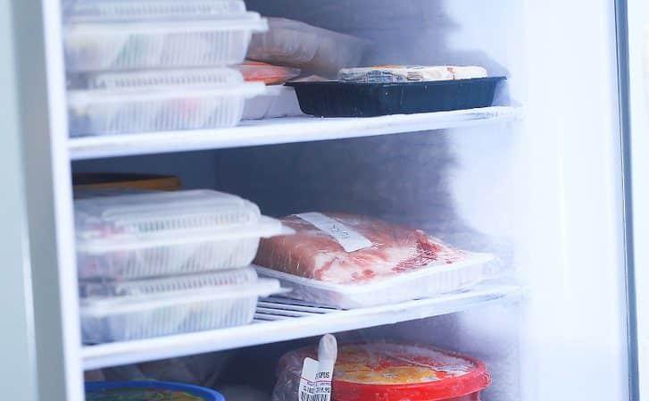 Как хранить замороженное мясо: условия и сроки