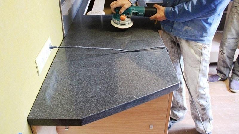 Реставрация столешниц из искусственного камня: как заделать трещину