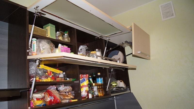Применение газлифтов для кухонных шкафов: правила установки