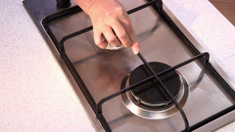 Эффективные способы очистки решетки газовой плиты от нагара