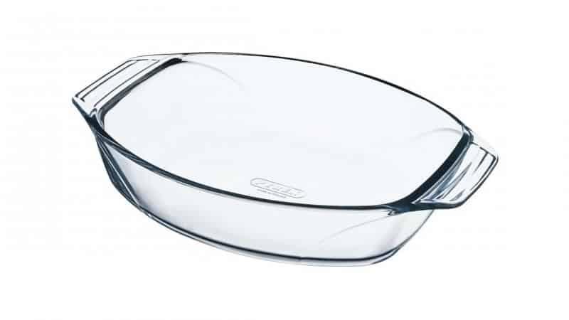 Стеклянная посуда в духовке: можно ли её туда ставить