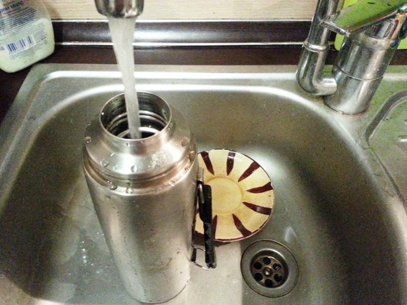 Как отмыть термос из нержавеющей стали внутри от чая