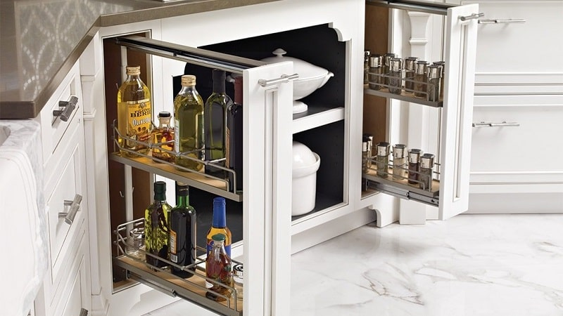 Для чего нужна бутылочница в кухонном гарнитуре:использование с толком