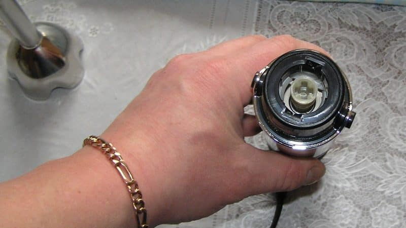 Как разбирать блендер для ремонта, если он сломался